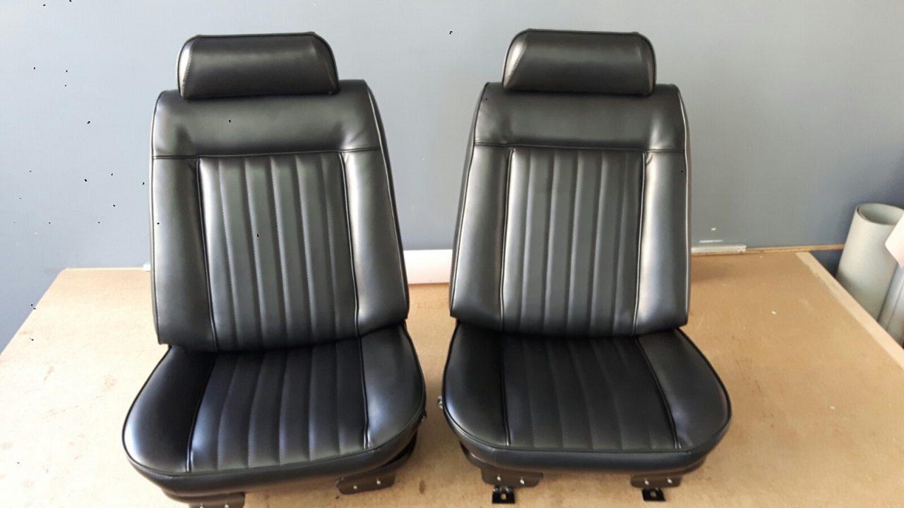 Odnowiona tapicerka foteli